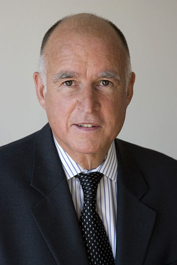 English: Jerry Brown's official picture as Att...