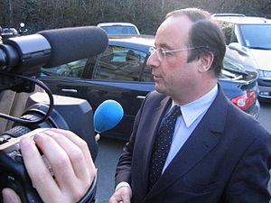 François Hollande à Saint-Cyr-sur-Loire