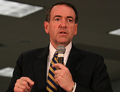 Mike Huckabee in Rochester NH - 22