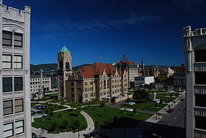 English: Lackawanna County Courthouse, downtow...
