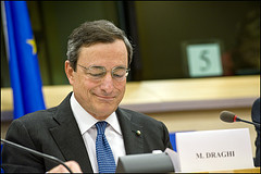 Mario Draghi presents his credentials as candi...